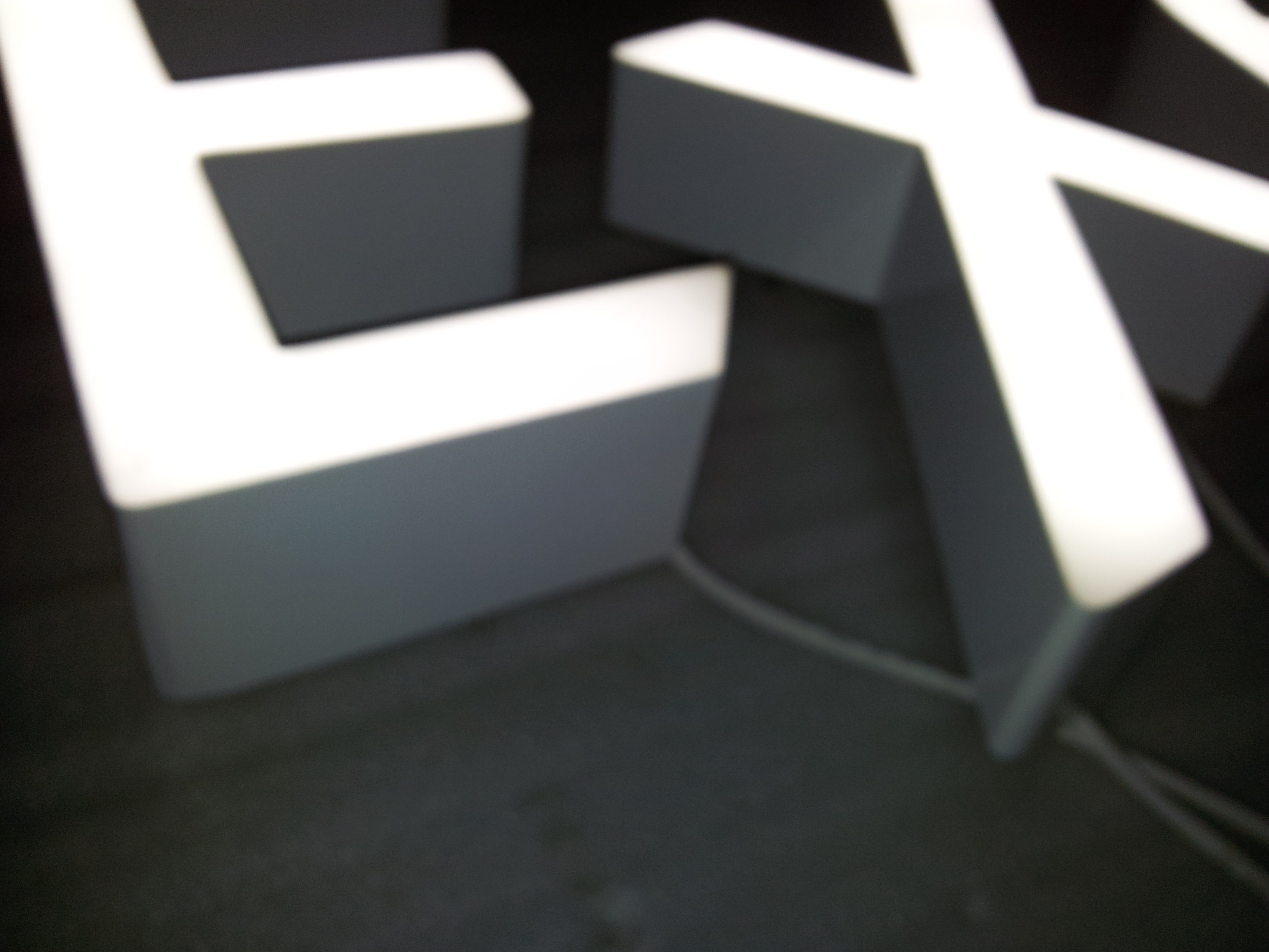 non trim cap led channel letter